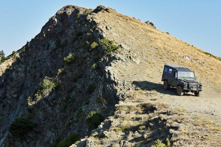Anvil Land Rover Defender Offroad 6
