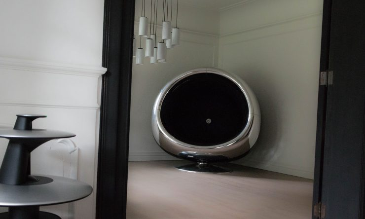 Boeing 737 Jet Engine Cowling Chair 2