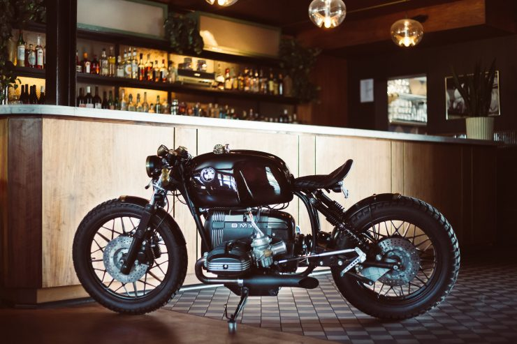 the rogue motorcycles bmw r100 rt an australian custom. Black Bedroom Furniture Sets. Home Design Ideas