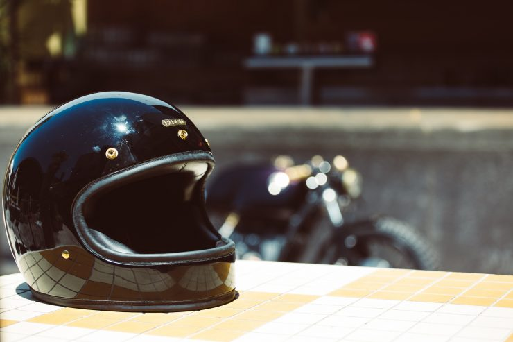 Custom BMW R100 Hedon Helmet
