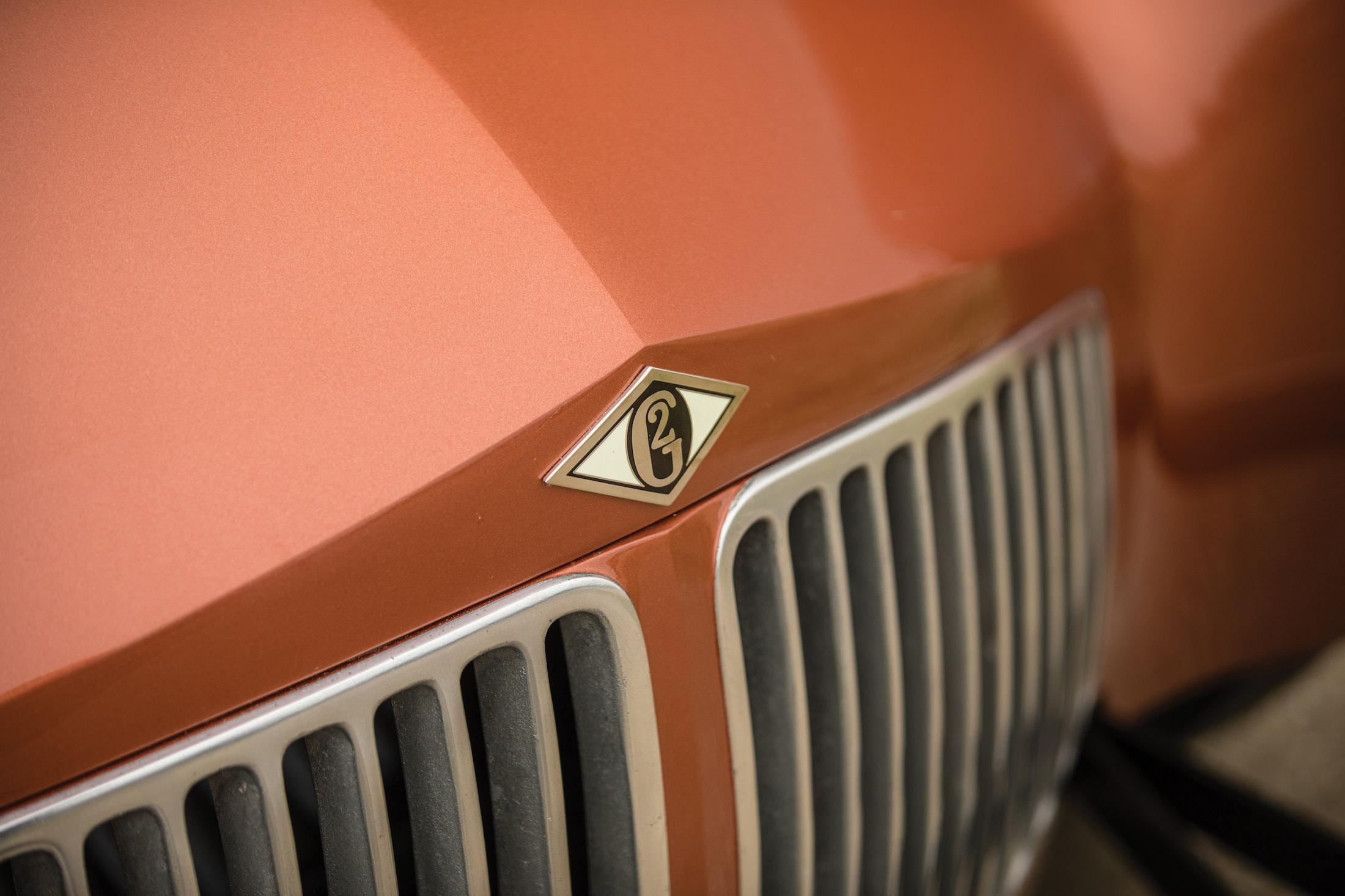 Glasspar G2 Car Badge
