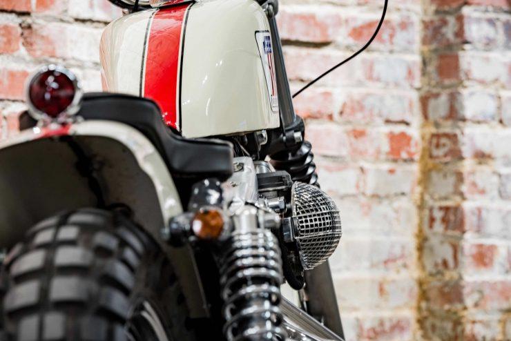 Harley-Davidson XL1200 Sportster Custom 1