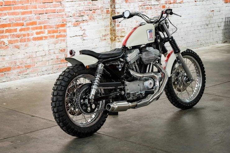 Harley-Davidson XL1200 Sportster Custom Rear