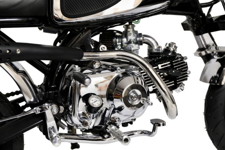 Honda Monkey Bike Cafe Racer Engine 2