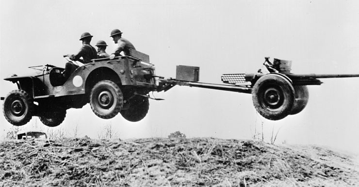 American Bantam Blitz Buggy BRC40 field gun