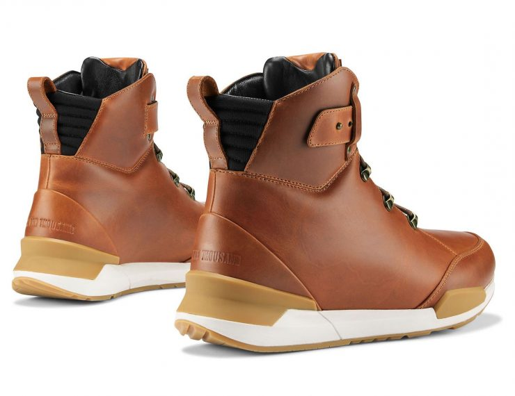 Icon 1000 Varial Boots Back