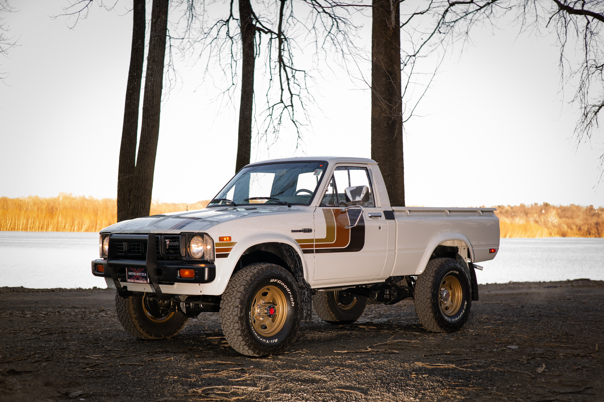 the best hilux for sale in america right now 1981 toyota hilux sr5 pickup truck. Black Bedroom Furniture Sets. Home Design Ideas