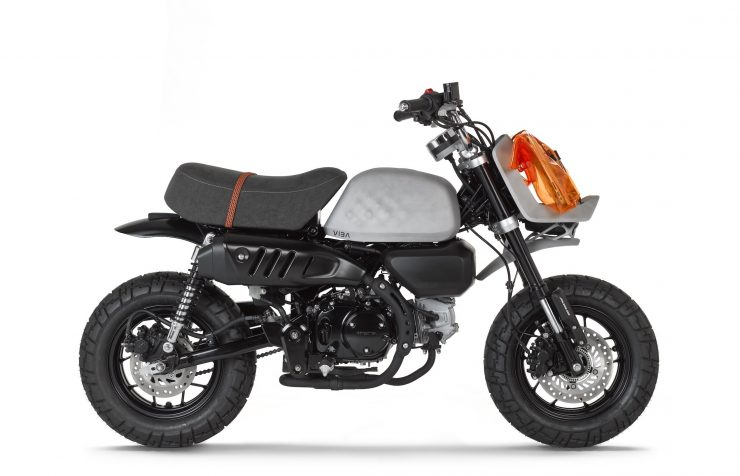 VIBA Jane – A Honda Monkey Custom Side 2