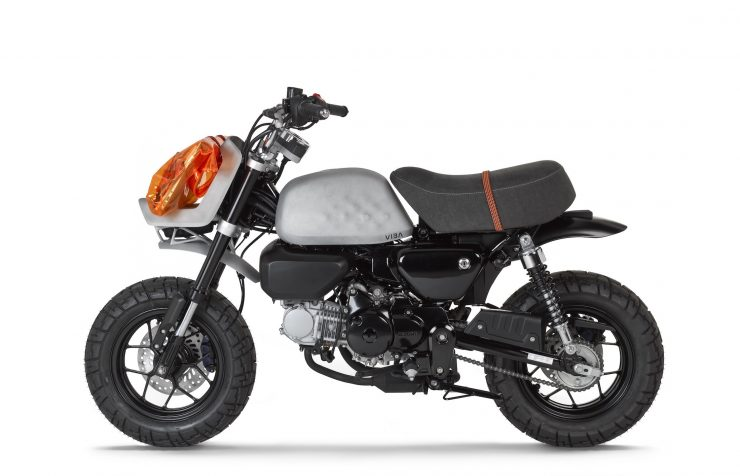 VIBA Jane – A Honda Monkey Custom Side