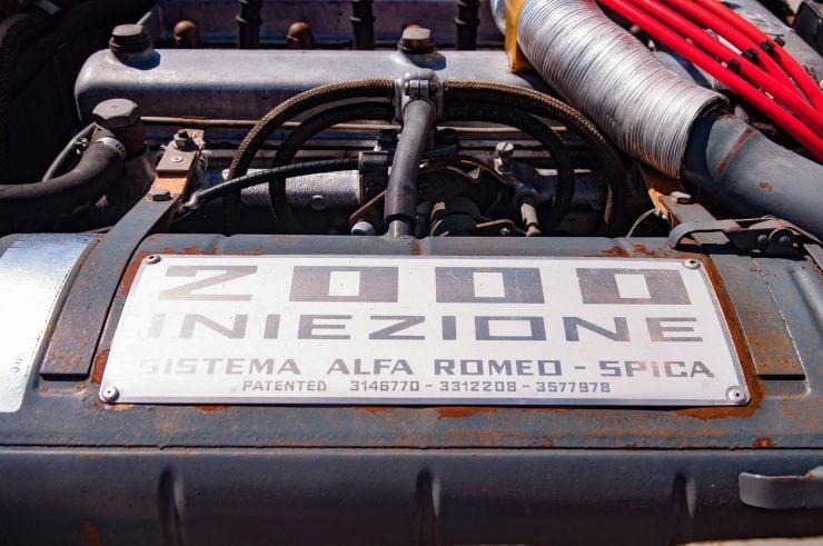 Alfa Romeo Spider Veloce Series II Engine 2