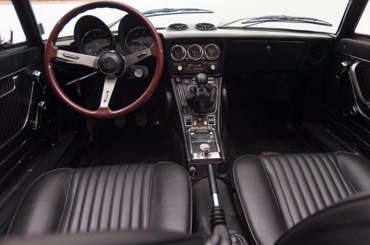 Alfa Romeo Spider Veloce Series II Interior