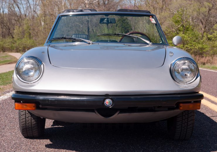 Alfa Romeo Spider Veloce Series II Nose