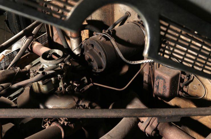Cord 812 SC Phaeton Carburetor