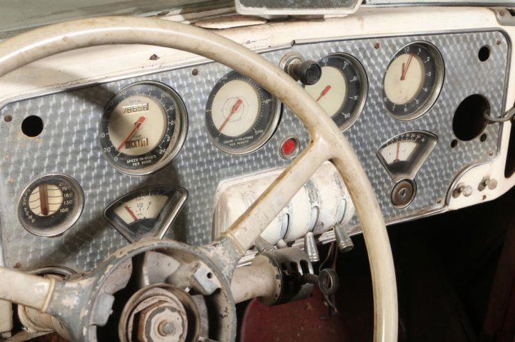 Cord 812 SC Phaeton Dashboard 2