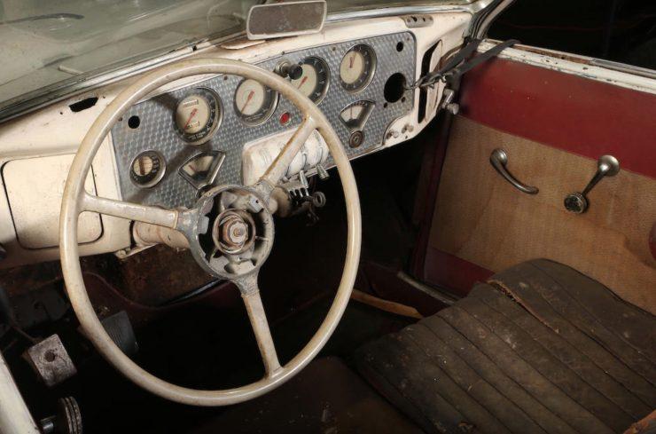 Cord 812 SC Phaeton Dashboard
