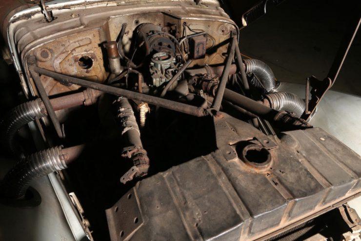 Cord 812 SC Phaeton Engine 2
