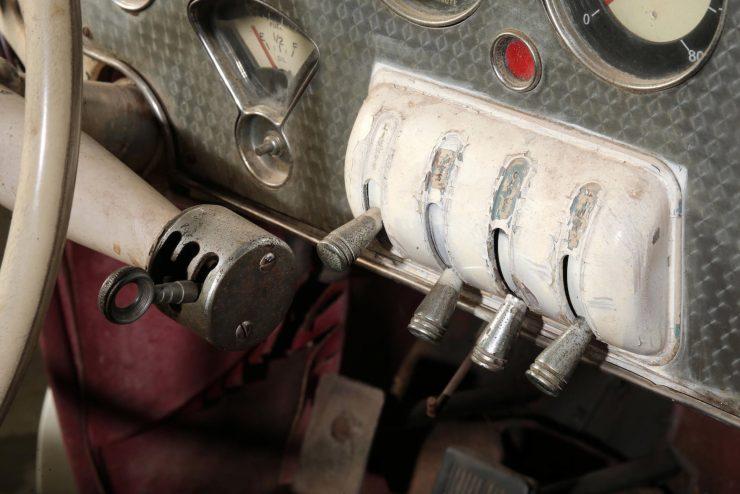 Cord 812 SC Phaeton Gear Shifter