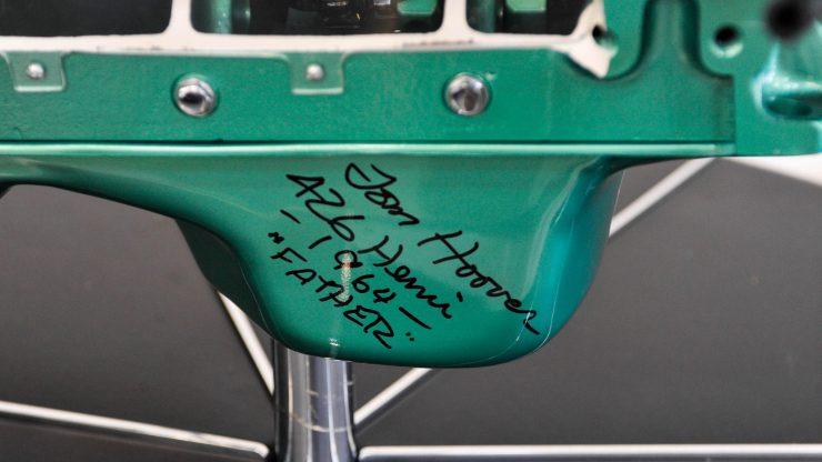 Dodge 426 Hemi V8 Engine Signature
