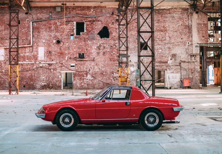 Ferrari 330 GTC Zagato Side 2