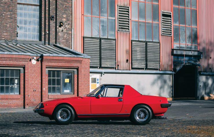 Ferrari 330 GTC Zagato Side