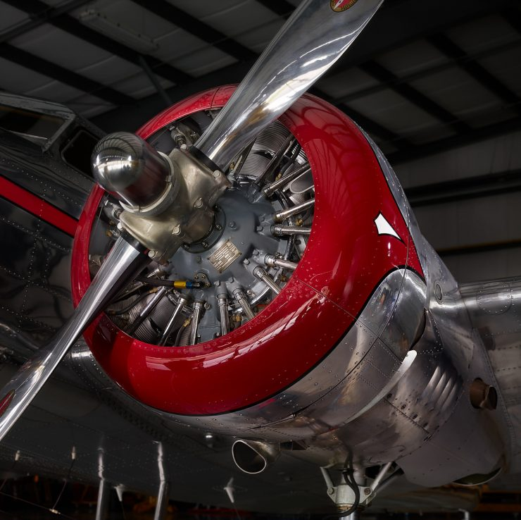Lockheed Model 12 Engine