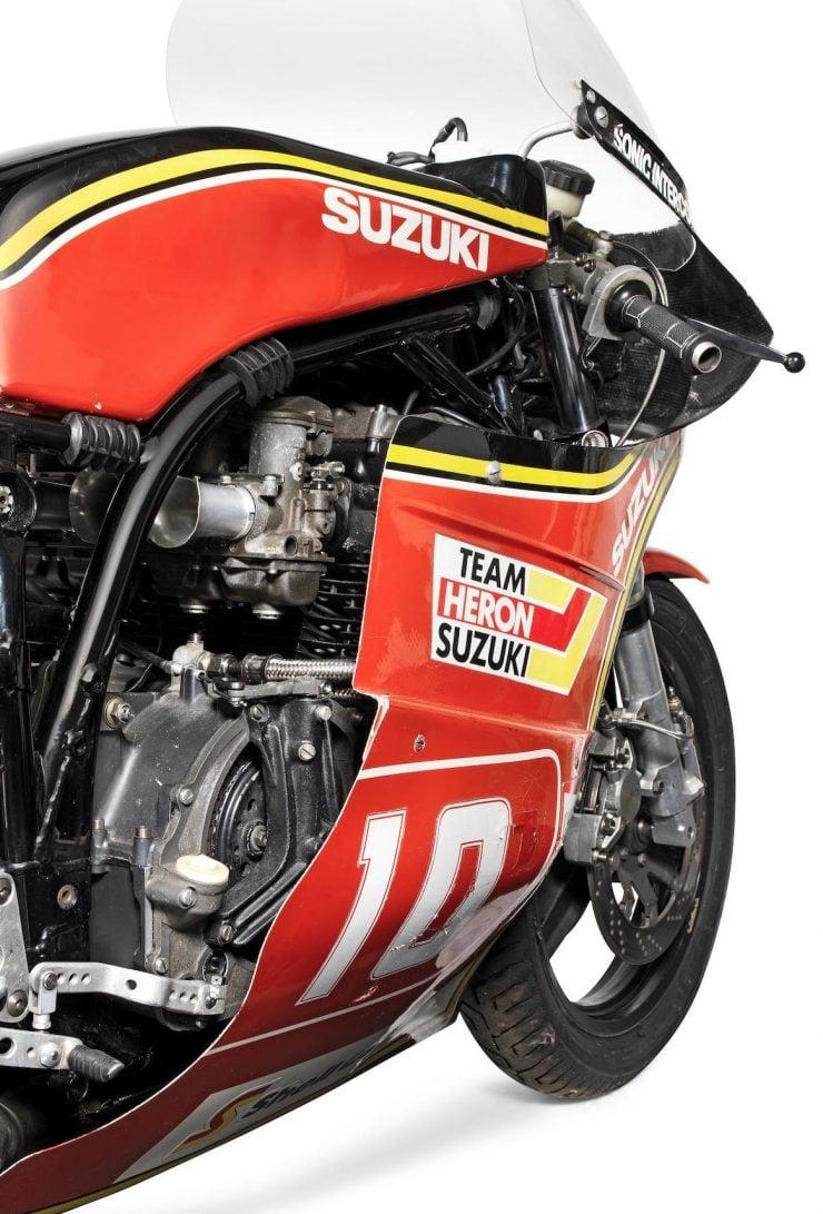 Suzuki XR69 Superbike Side 2