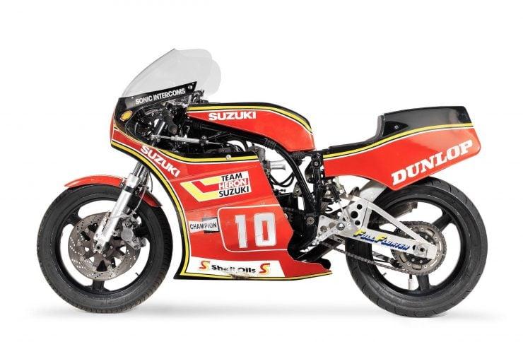 Suzuki XR69 Superbike Side 3