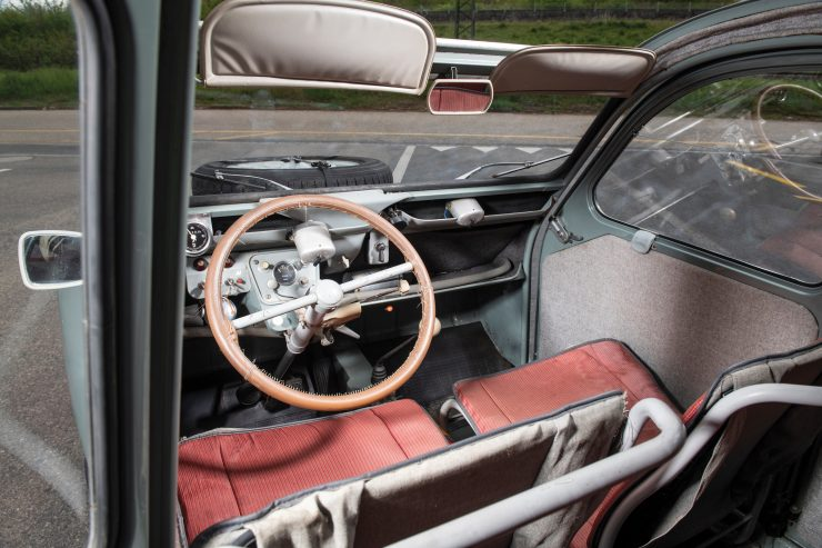Citroën 2CV 4×4 Sahara Interior 2