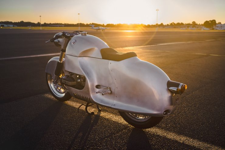 Custom BMW R100 RS Aero Motor Retro Rear 2