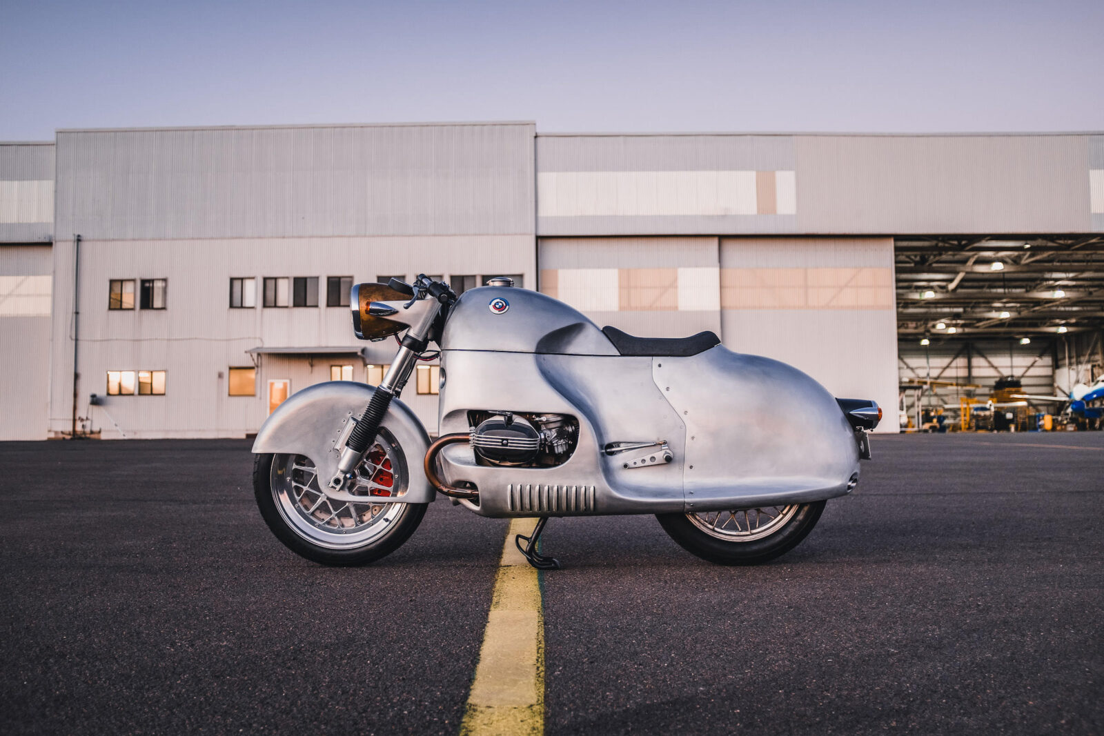 The Aero - A Bespoke Alloy-Bodied BMW R100 RS by MotoRRetro