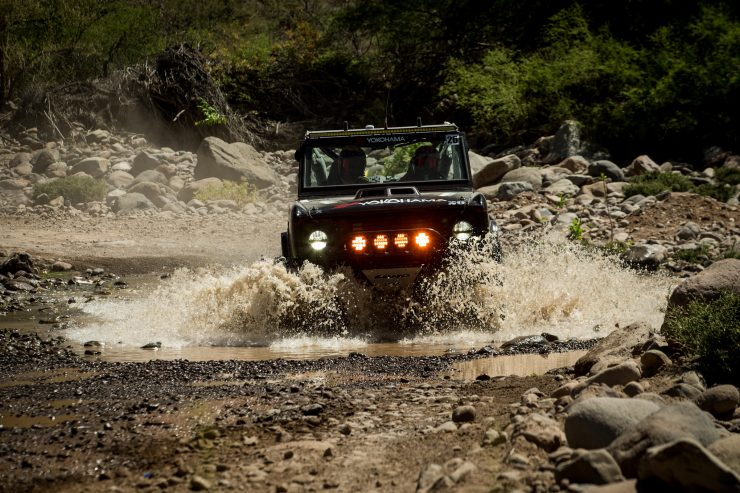 Ford Bronco Racing River Crossing