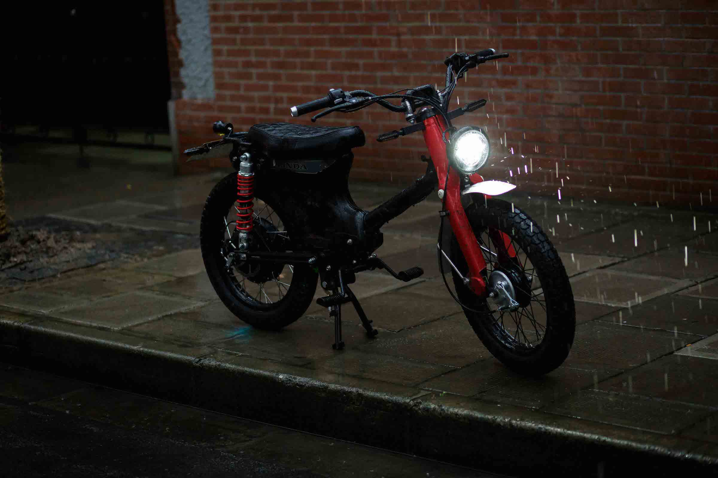 Ebay Motors Motorcycles >> The eCub - A Kit To Turn Your Honda Cub Into An Electric ...