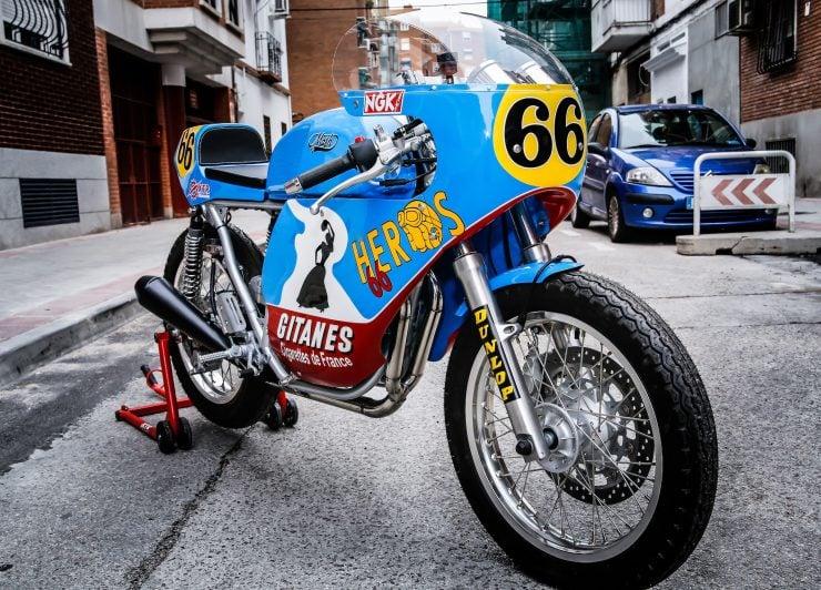 Mash TT 40 Cafe Racer Front 1