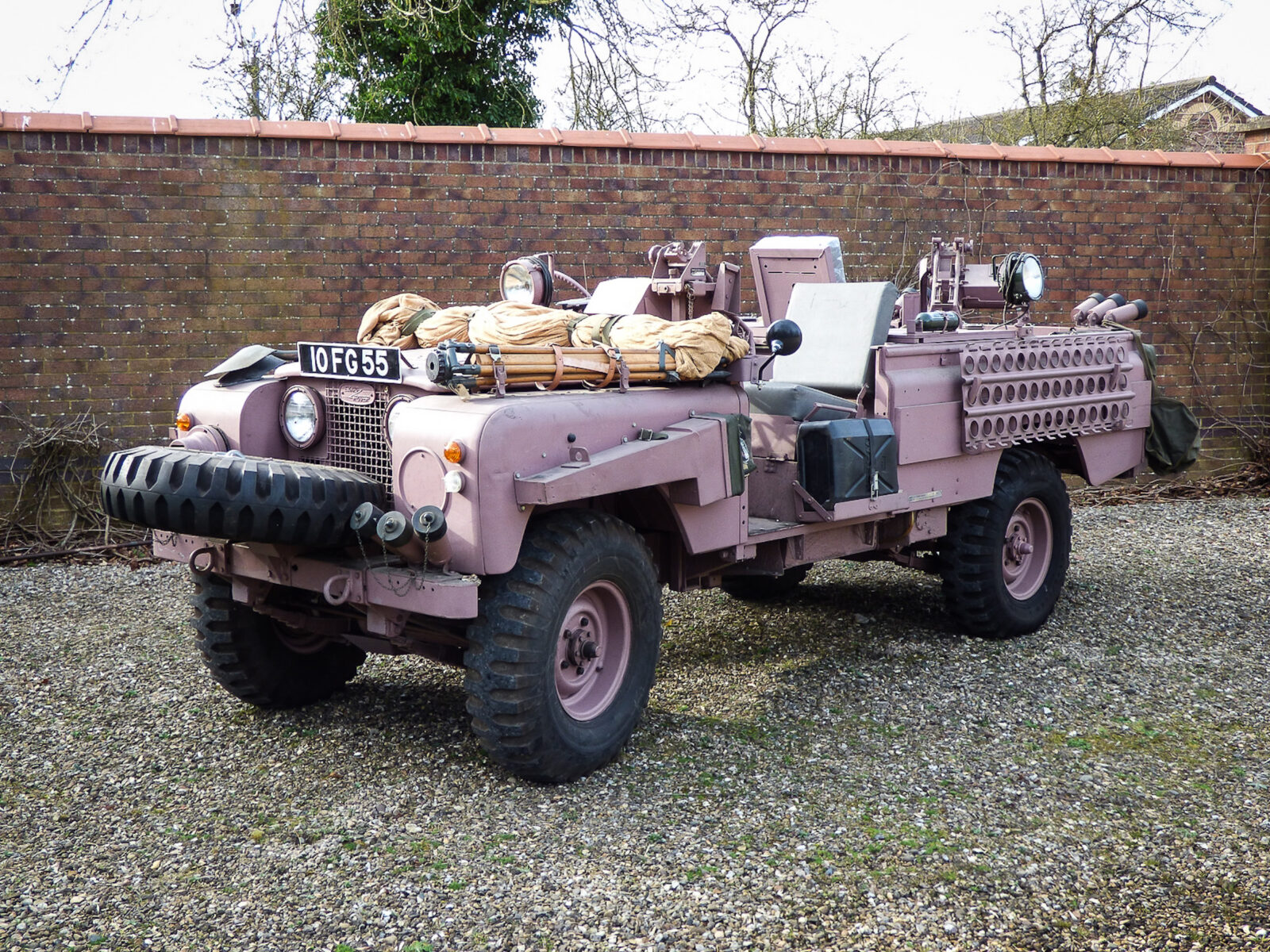 Series 2A SAS Land Rover Pink Panther