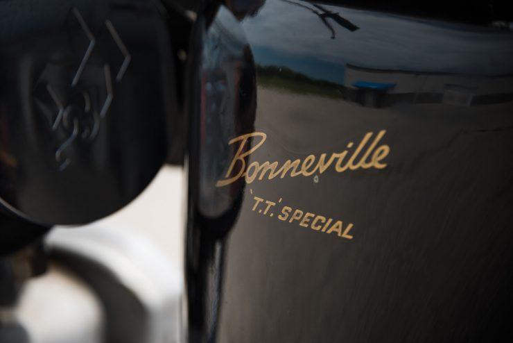 Triumph TT Special Logo