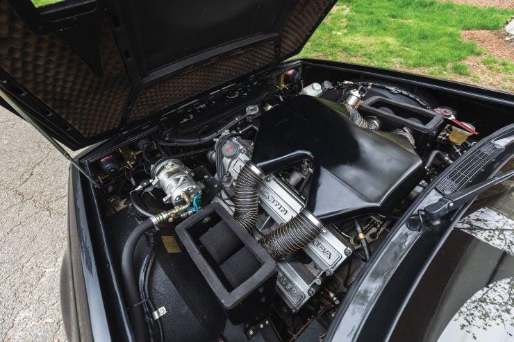 Aston Martin V8 Vantage Zagato Engine