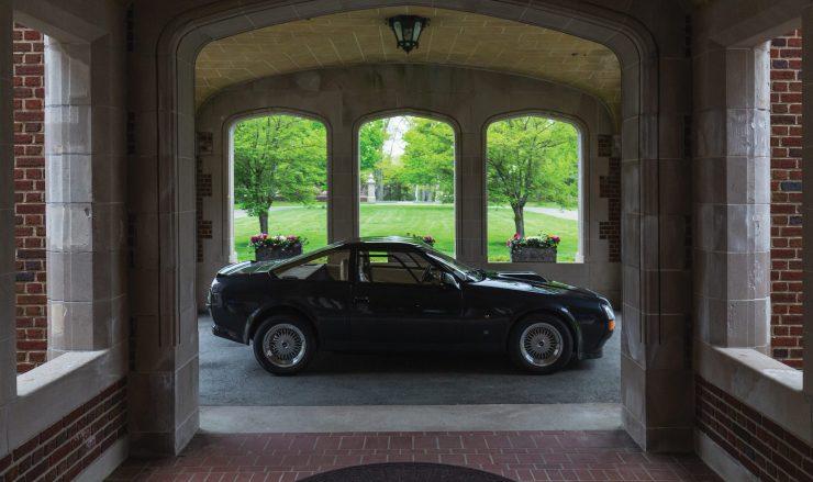 Aston Martin V8 Vantage Zagato Side