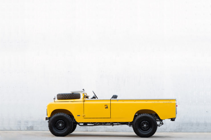 Land Rover Series 2A LWB Side 2