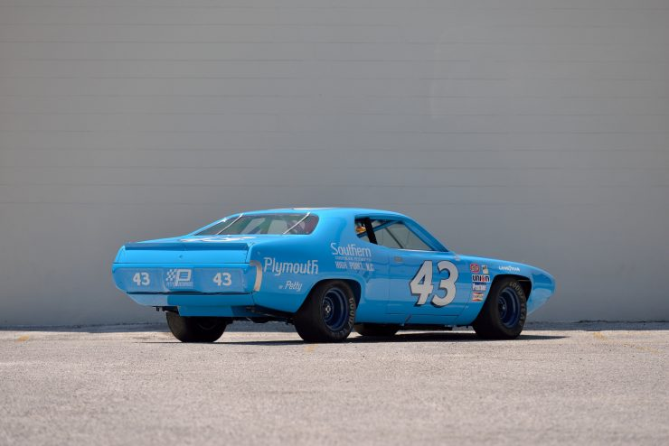 Plymouth Road Runner NASCAR Rear