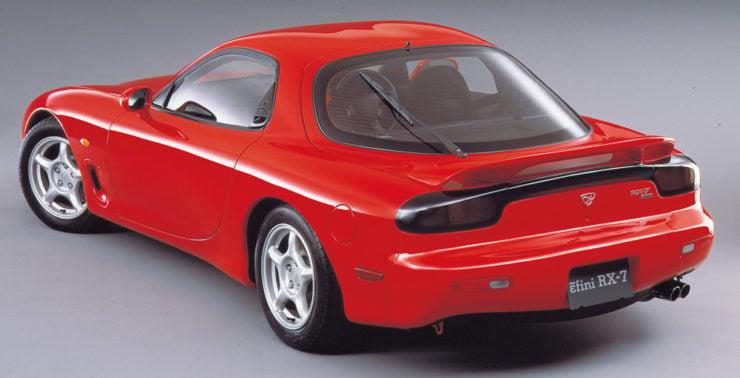 ɛ̃fini Mazda RX7