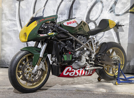 Custom Ducati 999 Front Side 2