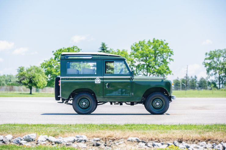 Land Rover Series 2A Side