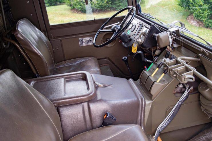 Steyr-Daimler-Puch Pinzgauer 4x4 Interior
