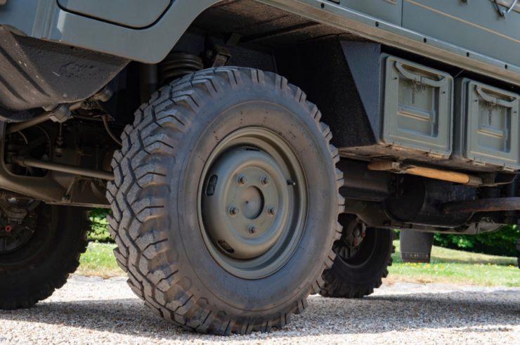 Steyr-Daimler-Puch Pinzgauer 4x4 Wheels