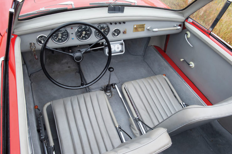WD Denzel 1300 Interior