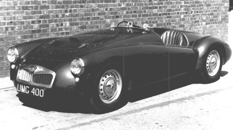 MG racing car UMG400