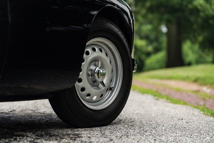 MGA Twin Cam sports car Dunlop Centre Lock steel wheel