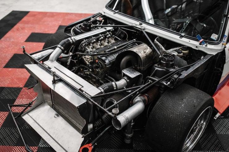 BMW 320i Turbo Engine