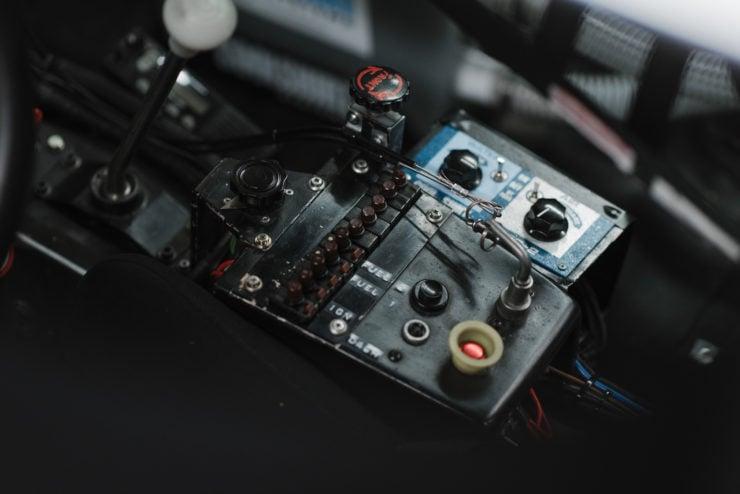 BMW 320i Turbo Interior 4