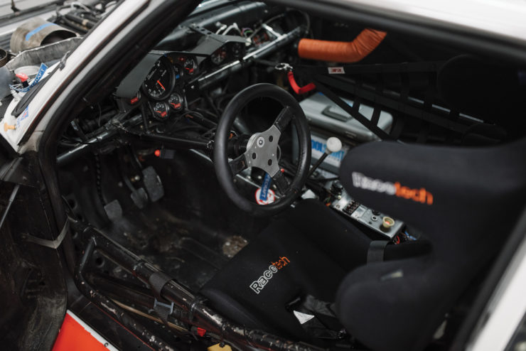 BMW 320i Turbo Interior